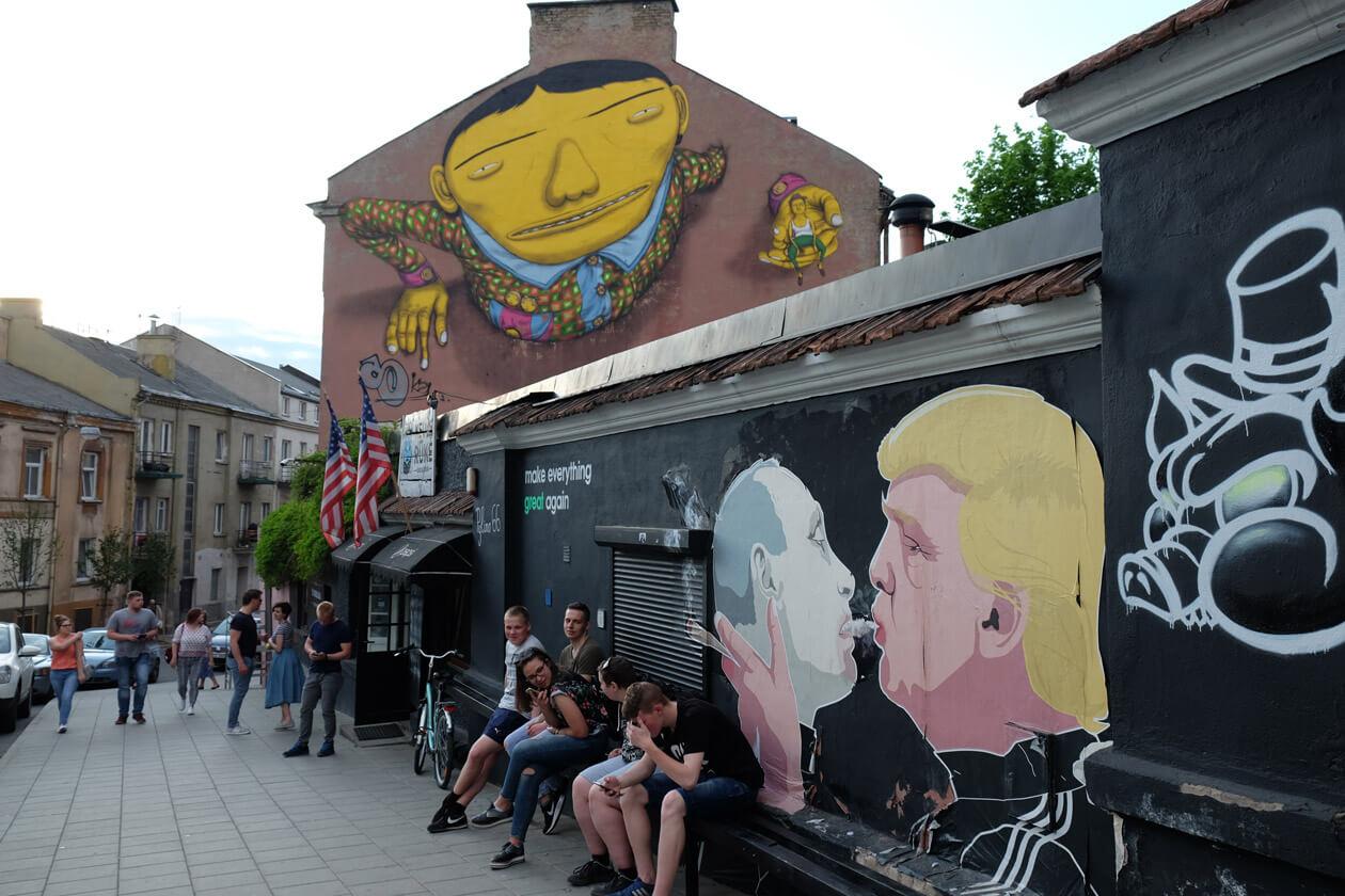 Street art showing Trump and Putin
