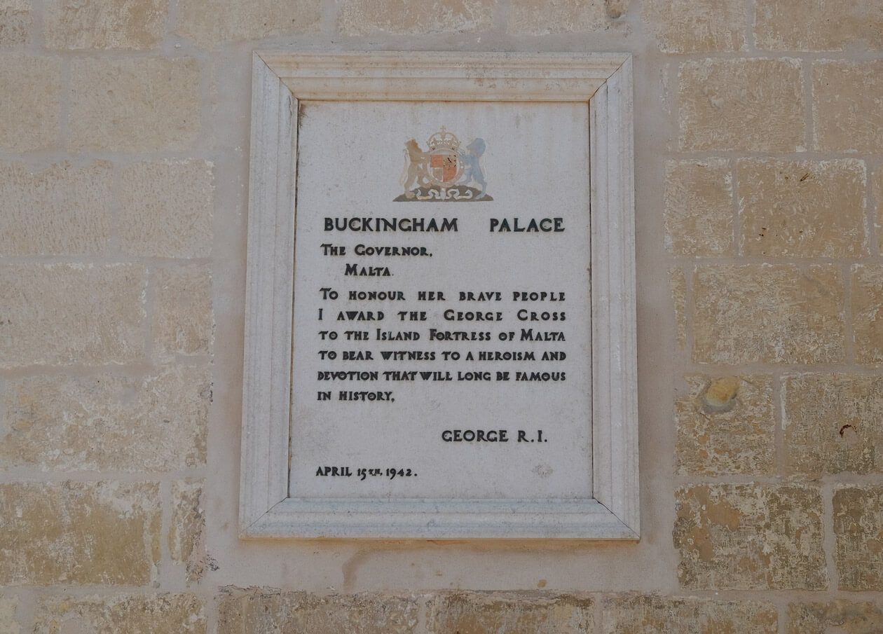The plaque commemorating Malta being awarded the George Cross