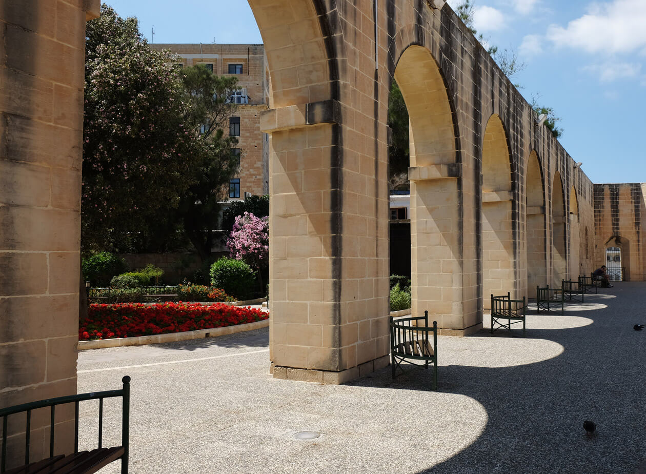 The terrace in the Lower Barrakka Gardens