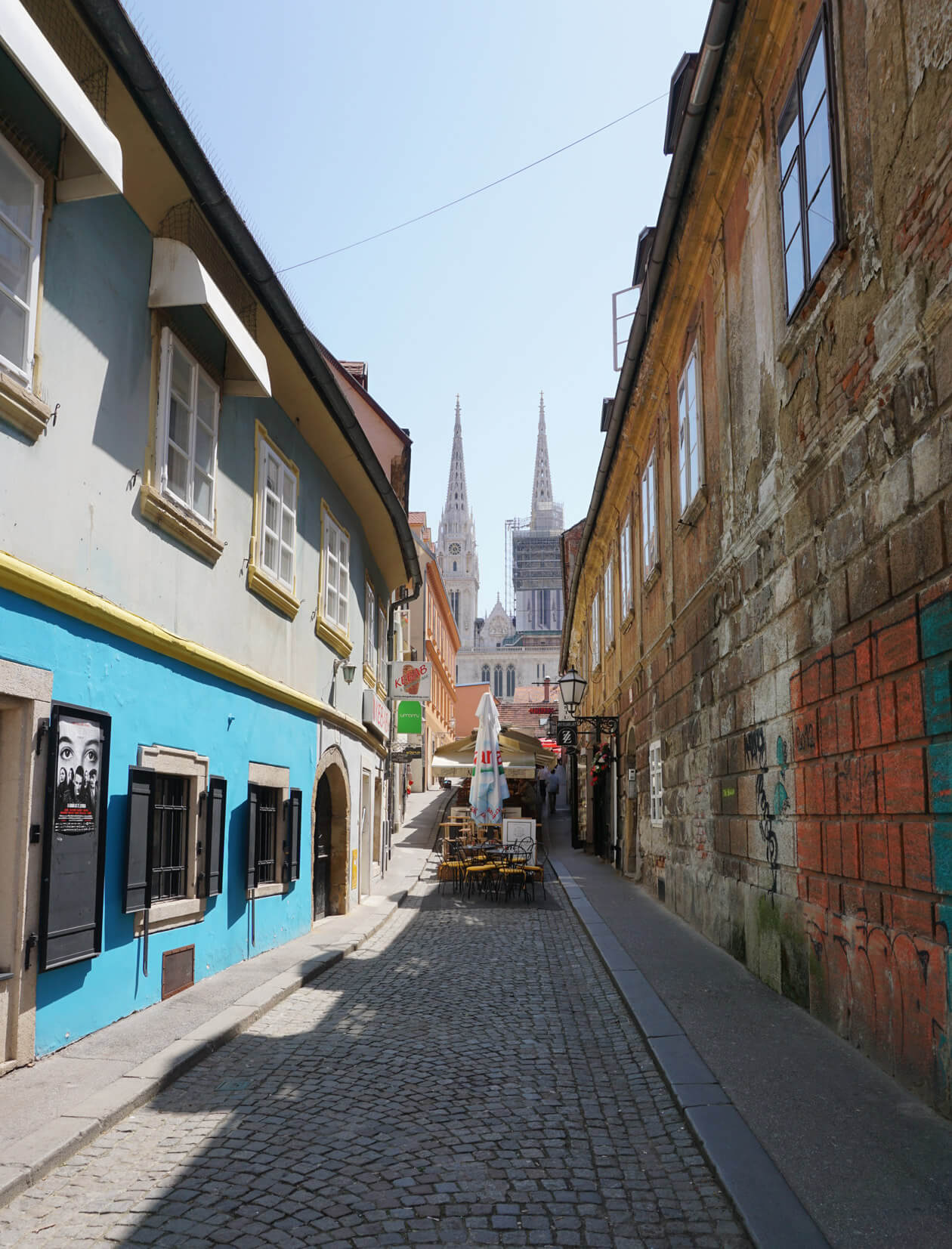 An alley off Tkalčićeva Street with Zagreb Cathedral in the background