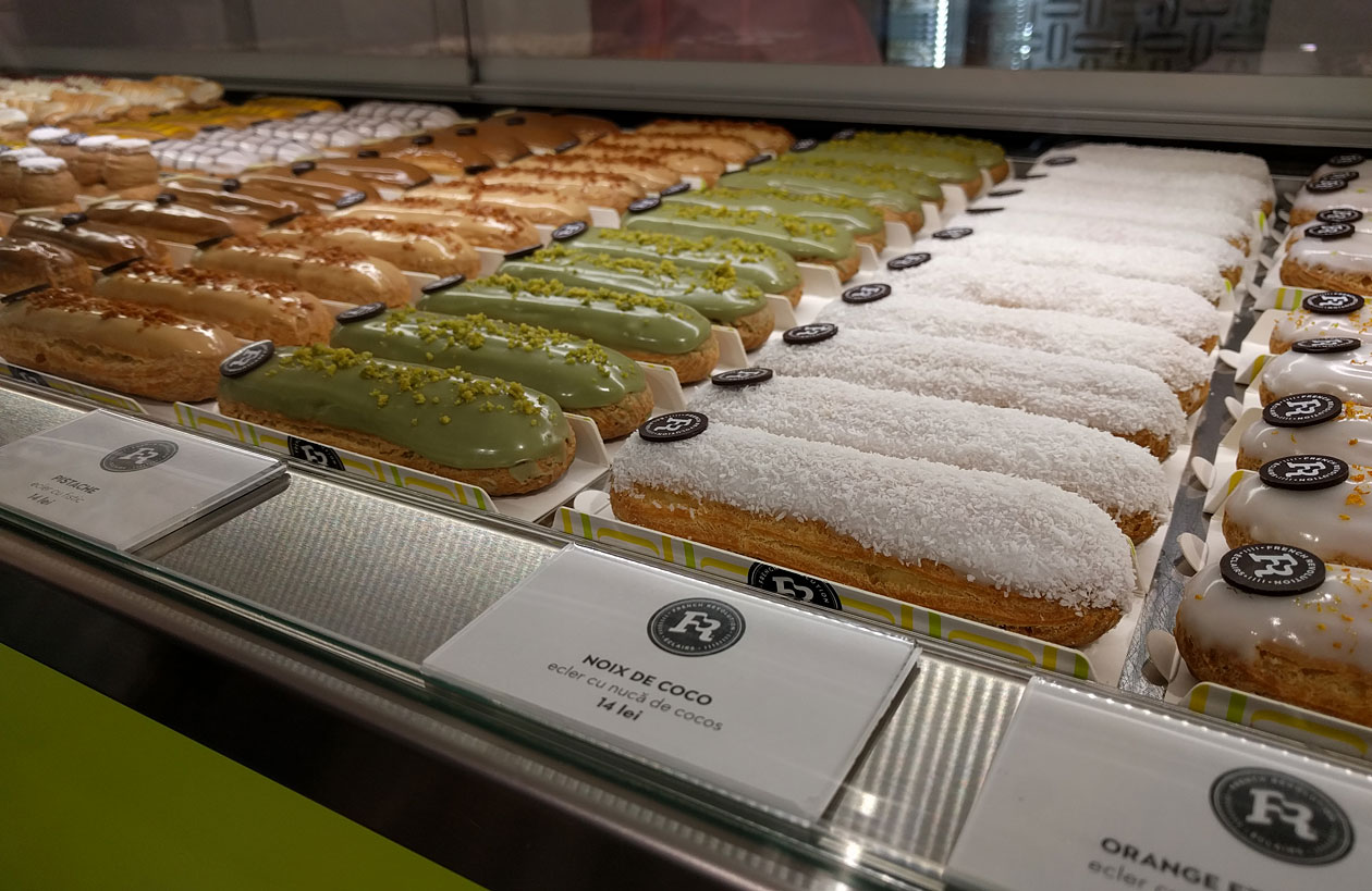 Gourmet éclair shop French Revolution. These beautiful and delicious éclairs were only £2.50 each