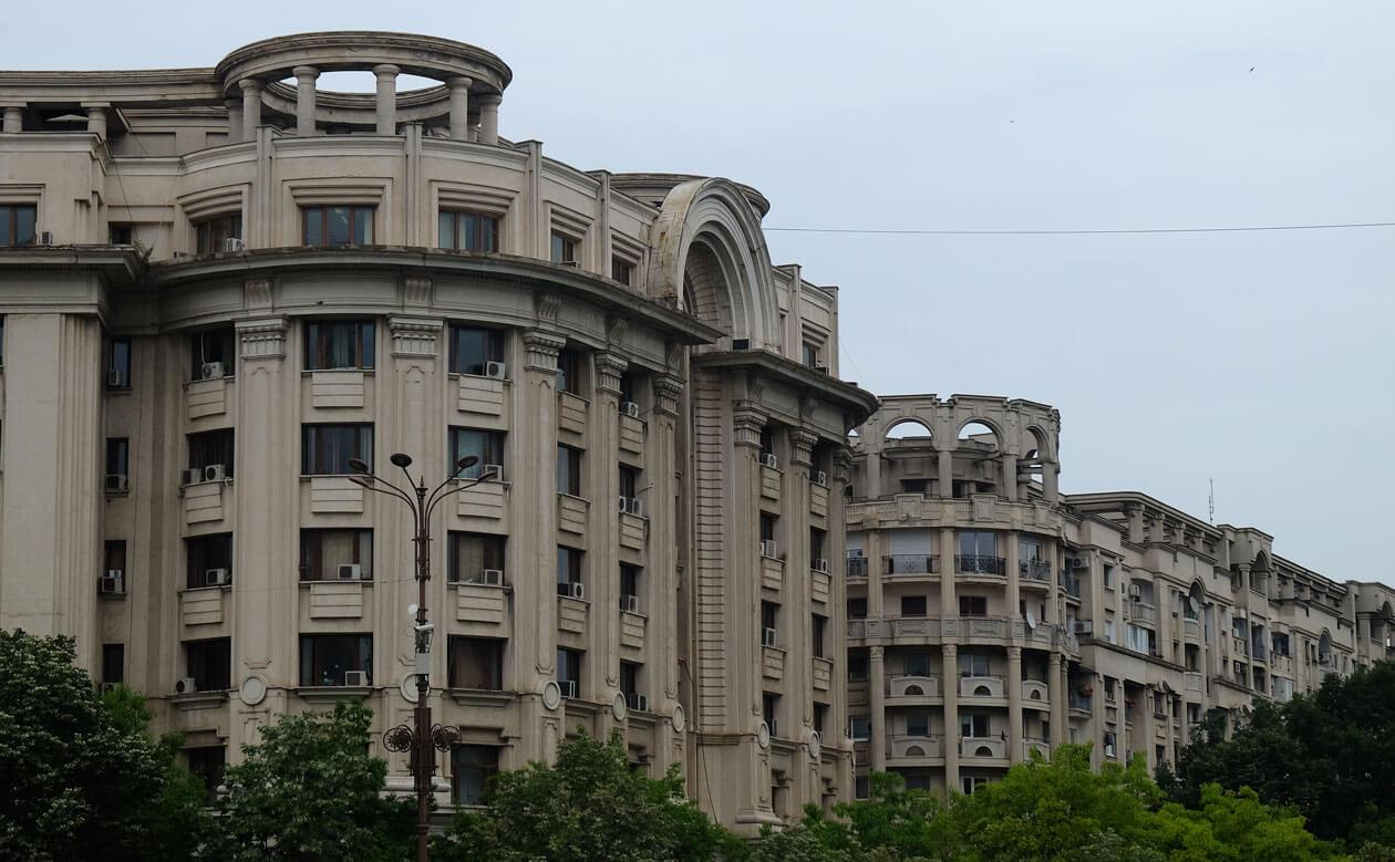 Grand Bucharest architecture, Communist style