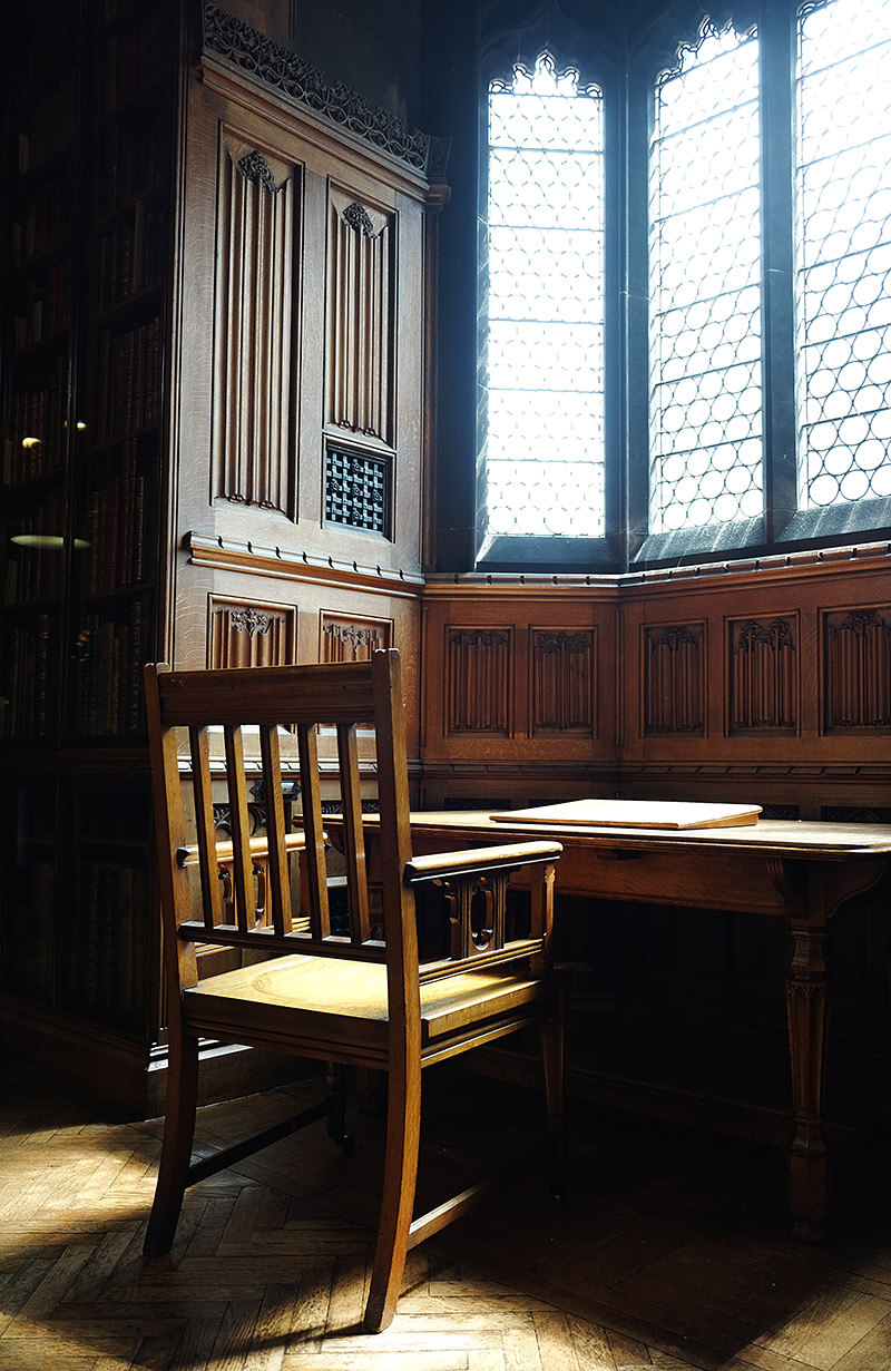 A reading nook in the John Rylands Library