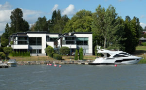 Our boat tour went past some stunning houses
