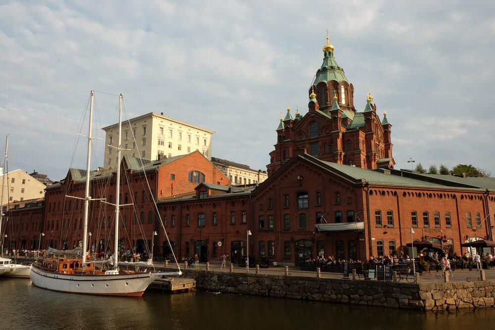 Uspenski Cathedral and the Kanavaranta waterfront