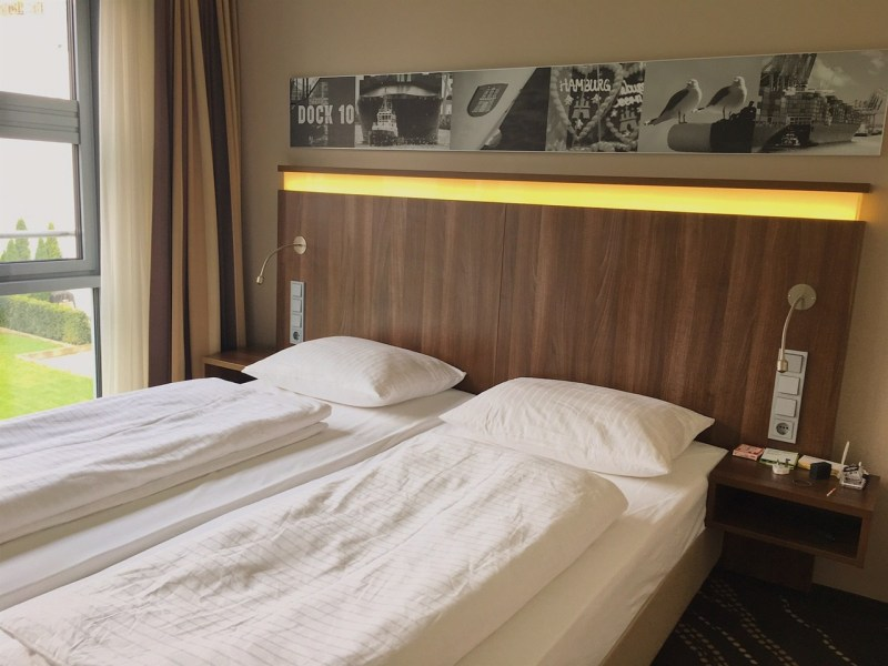 Heikhotel Am Stadtpark is an affordable and stylish hotel not far from Hamburg city centre