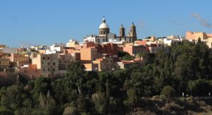 Las Palmas de Gran Canarias. Image by Cesar Augusto Ramirez Vallejo from Pixabay.