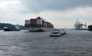 How to take a budget boat trip in Hamburg using the public ferries