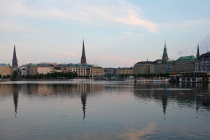The Binnenalster (Inner Alster lake) looking towards Jungfernstieg