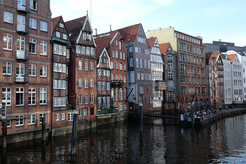 The buildings on the Deichstraße are some of the oldest in Hamburg