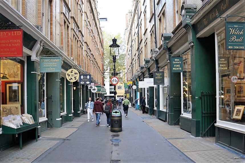 Going on a Harry Potter walking tour will help you see a more unusual side of London