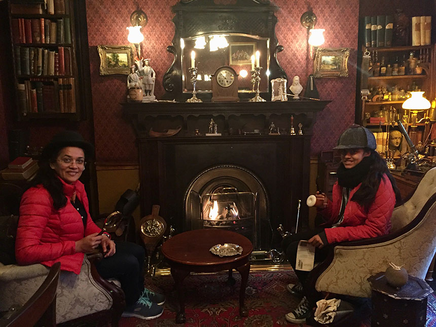 Visiting Sherlock Holmes' house on Baker Street is a fantastic unusual activity in London