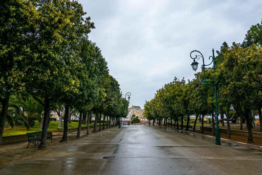 The elegant public gardens in Trani, Puglia